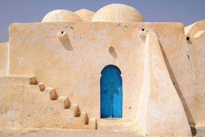 La mosquée de Satori à Djerba ressemble un peu à une habitation de la planète Tatooine.