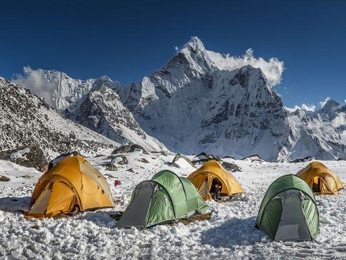 Dolma Ri, Népal