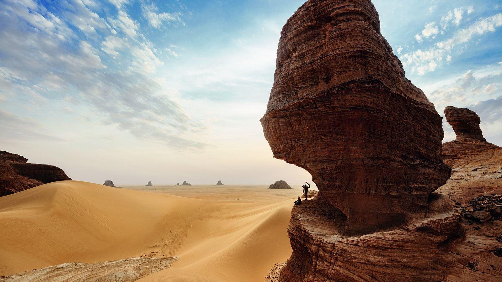 Réserve de l'Ennedi, Tchad. Dans une région isolée du nord-est du Sahara, les tours de grès ...