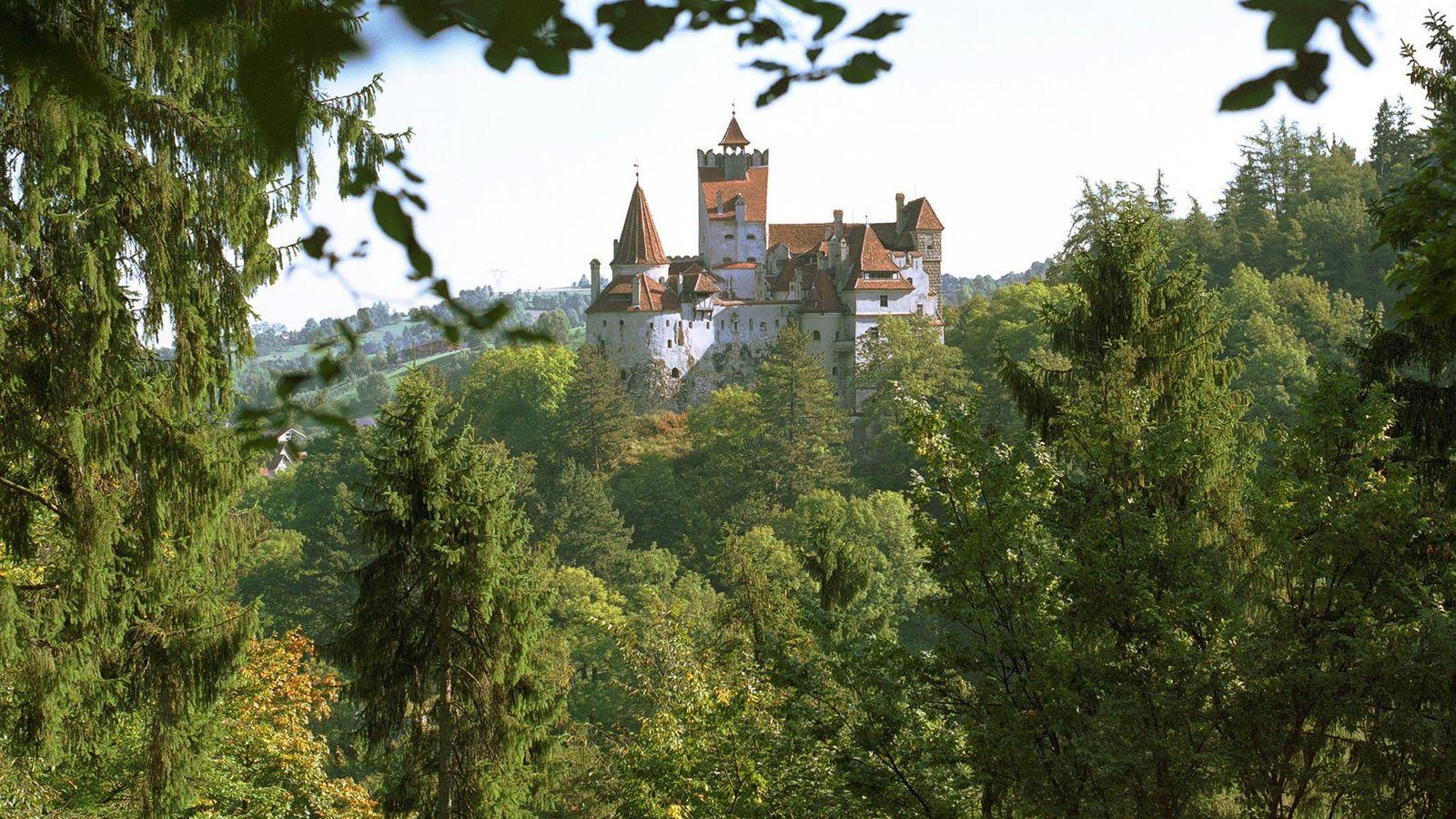 Certains historiens avancent l'hypothèse que Vlad l'Empaleur ait pu dormir dans ce château.