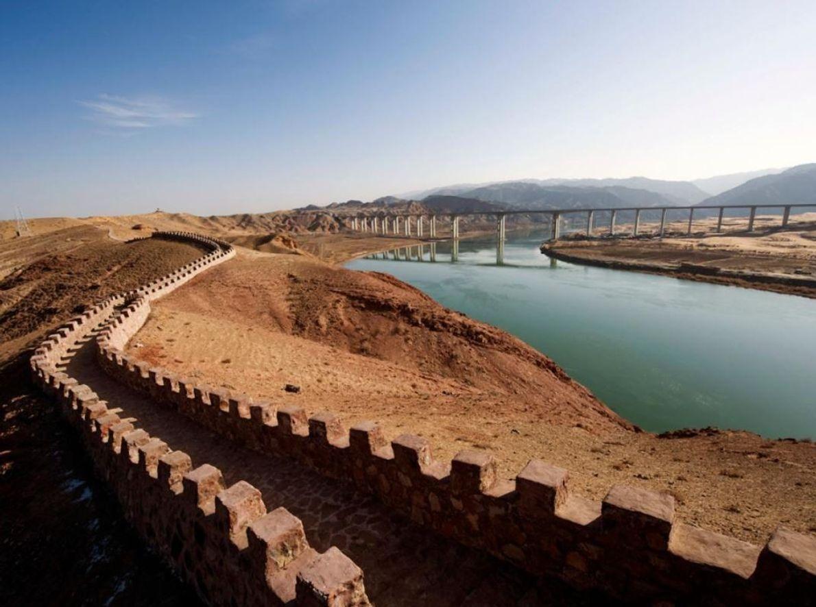 Le fleuve Jaune, long de 3395 km, est le deuxième plus long cours d'eau de Chine, ...