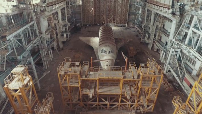 D'inquiétantes navettes spatiales soviétiques retrouvées dans le désert du Kazakhstan