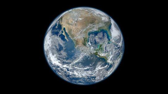 La Terre est imaginée comme étant sphérique depuis l'Antiquité et depuis, aucune remise en cause scientifique ...