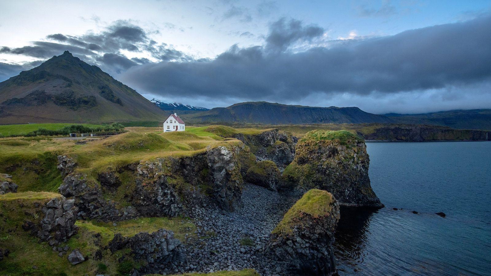 Les elfes se plairaient particulièrement dans les contrées islandaises.