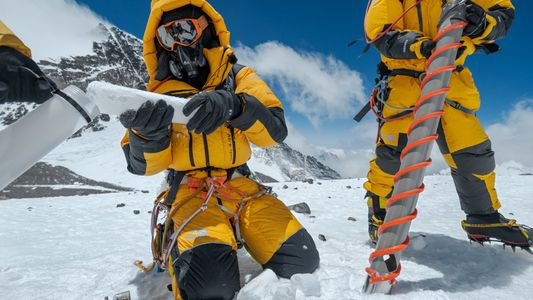 Comment les scientifiques ont fait de la plus haute montagne du monde un laboratoire climatique géant