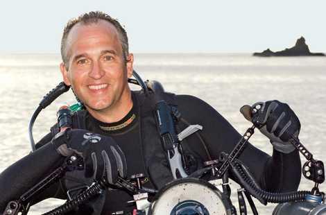 L'objectif de Brian Skerry est de composer des « images qui célèbrent les océans tout en ...