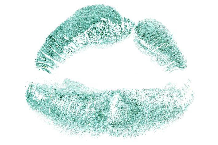 Image d'une lèvre fendue réparée.