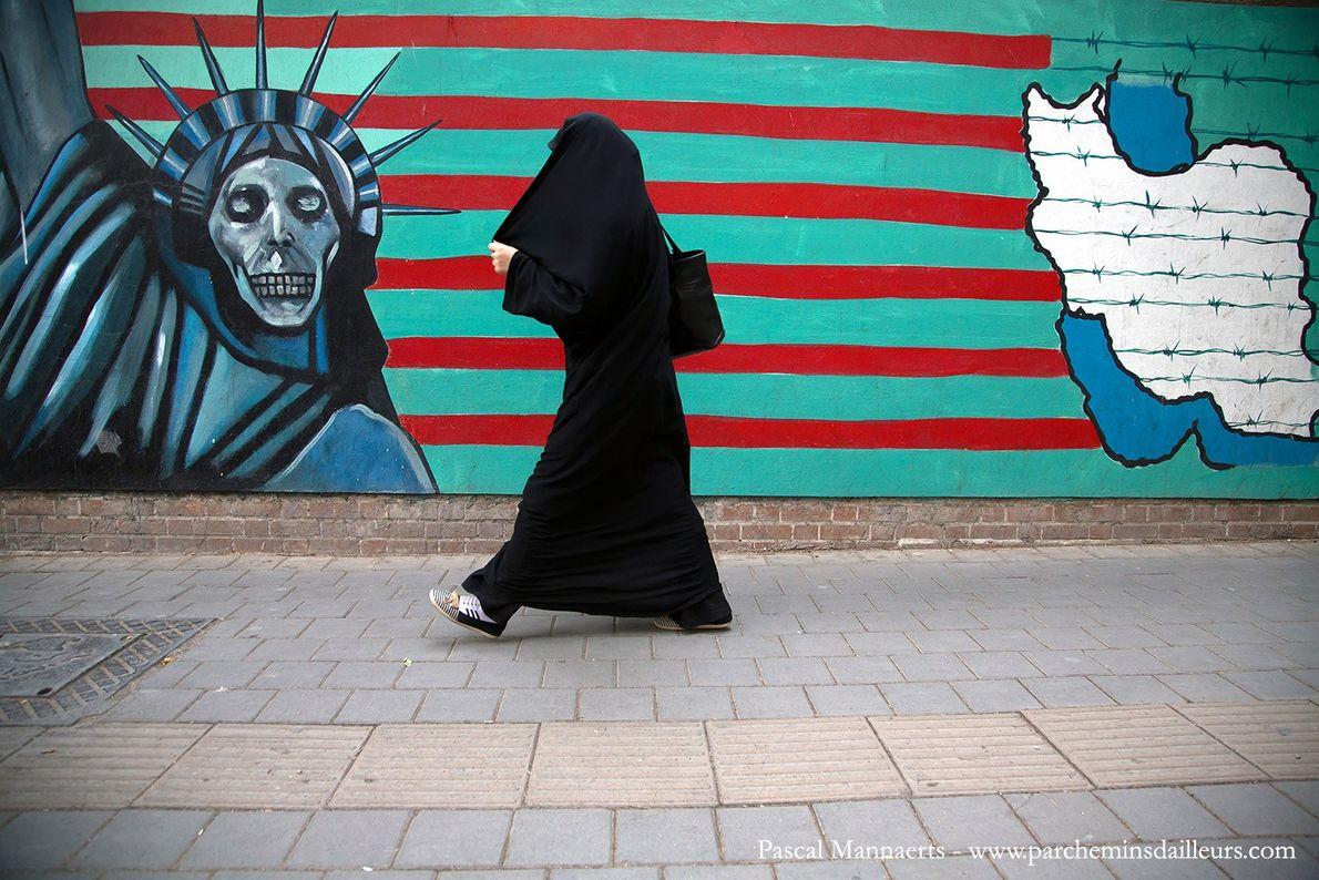 Face au « grand Satan » américain
