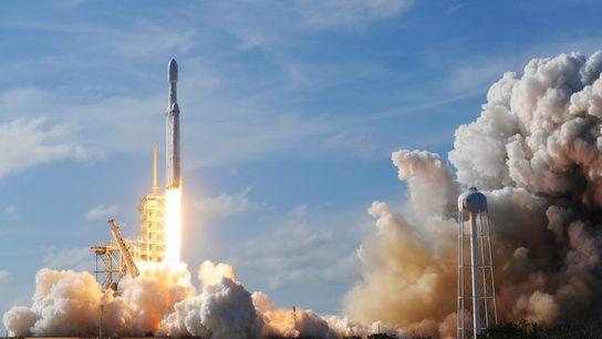 La Falcon Heavy de SpaceX a été lancée le 6 février 2018 depuis le Kennedy Space ...