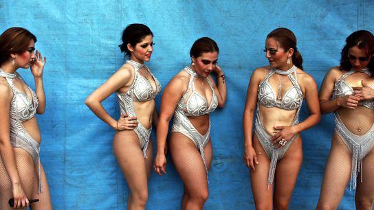 Les danseuses du Circo Vazquez attendent le signal à Mexico.