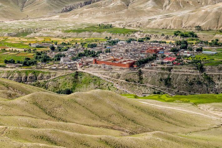 Lo Manthang, une ville séculaire sur les hauteurs du Mustang, pourrait radicalement changer avec l'arrivée des ...
