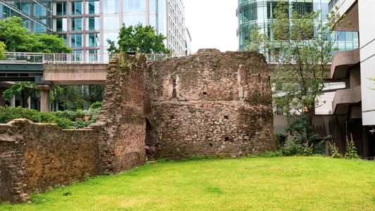 Le long de la rue romaine la plus ancienne de Londres