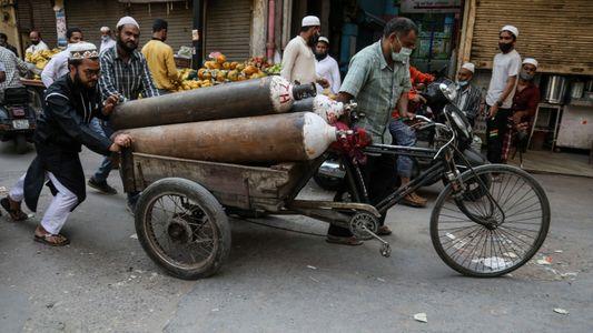 La crise sanitaire en Inde révèle les inégalités d'accès à l'oxygène médical