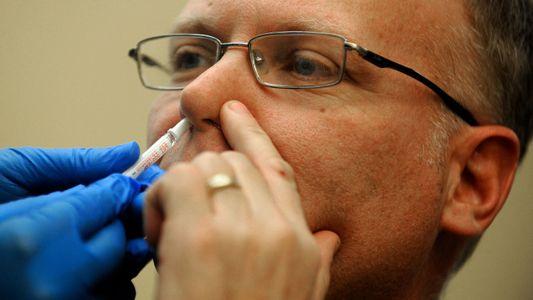 Pulvérisation ou injection ? Les futurs vaccins contre la COVID pourraient prendre plusieurs formes
