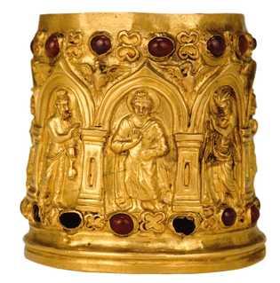 Bouddha en or (au centre) sur le reliquaire de Bimaran, datant du 1er siècle après J.-C. British ...