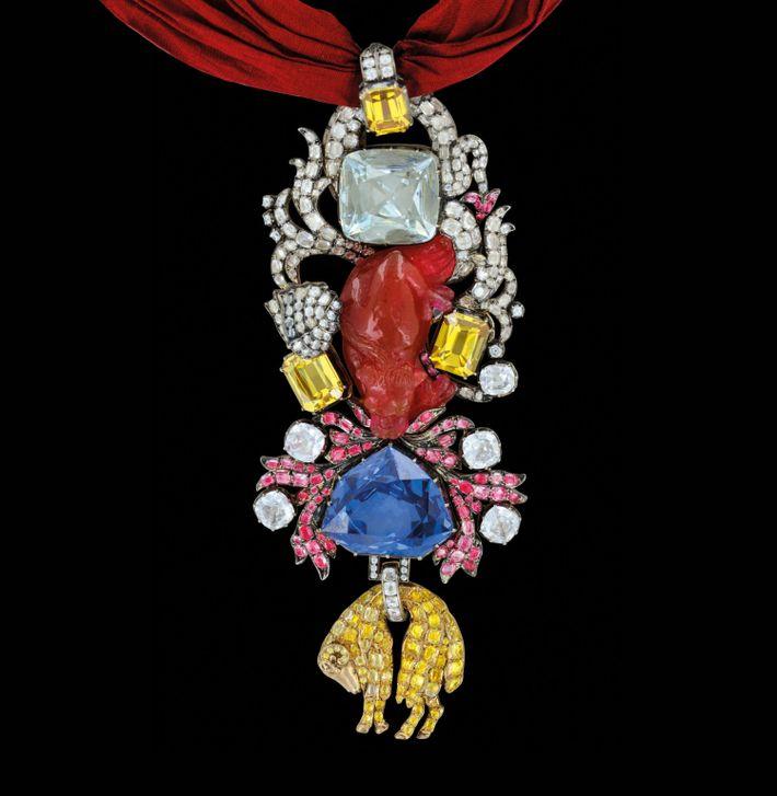 La Toison d'or de la parure de couleur de Louis XV était l'une des pièces de joaillerie ...