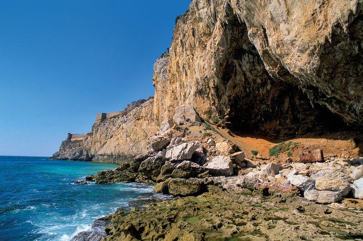 Les grottes de Gorham, inscrites au patrimoine mondial de l'UNESCO, étaient autrefois très appréciées des Néandertaliens. ...
