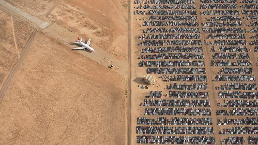 Cette photographie aérienne d'un cimetière de voitures a remporté le concours photographique National Geographic 2018