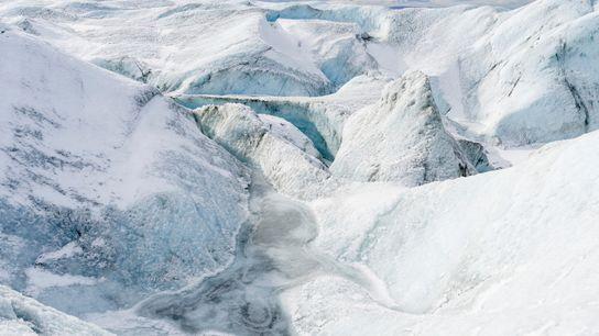 D'après les scientifiques, la vitesse à laquelle fond l'inlandsis du Groenland est trop rapide pour faire ...