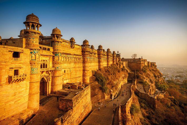Lakshmi Bai perdit la vie en combattant les Britanniques près de la ville indienne de Gwalior, un ...