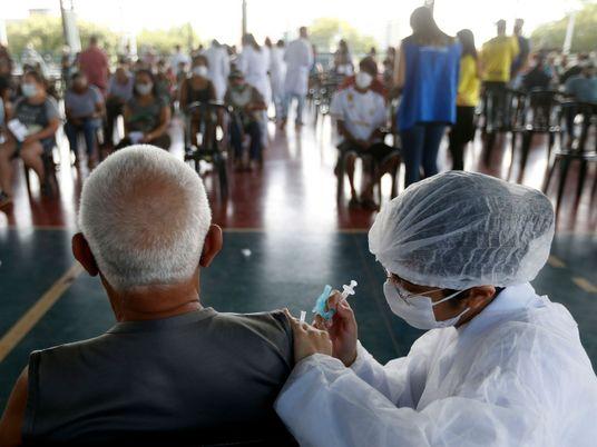 Brésil : pourquoi la campagne de vaccination contre la COVID-19 est-elle si laborieuse ?