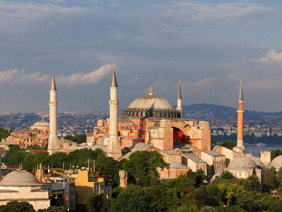 Sainte Sophie, un chef-d'œuvre architectural entre islam et christianisme