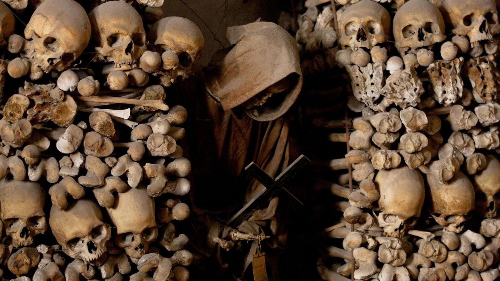 Catacombes des capucins, Italie - Les restes de plus de 2 000 individus reposent dans les catacombes de ce ...