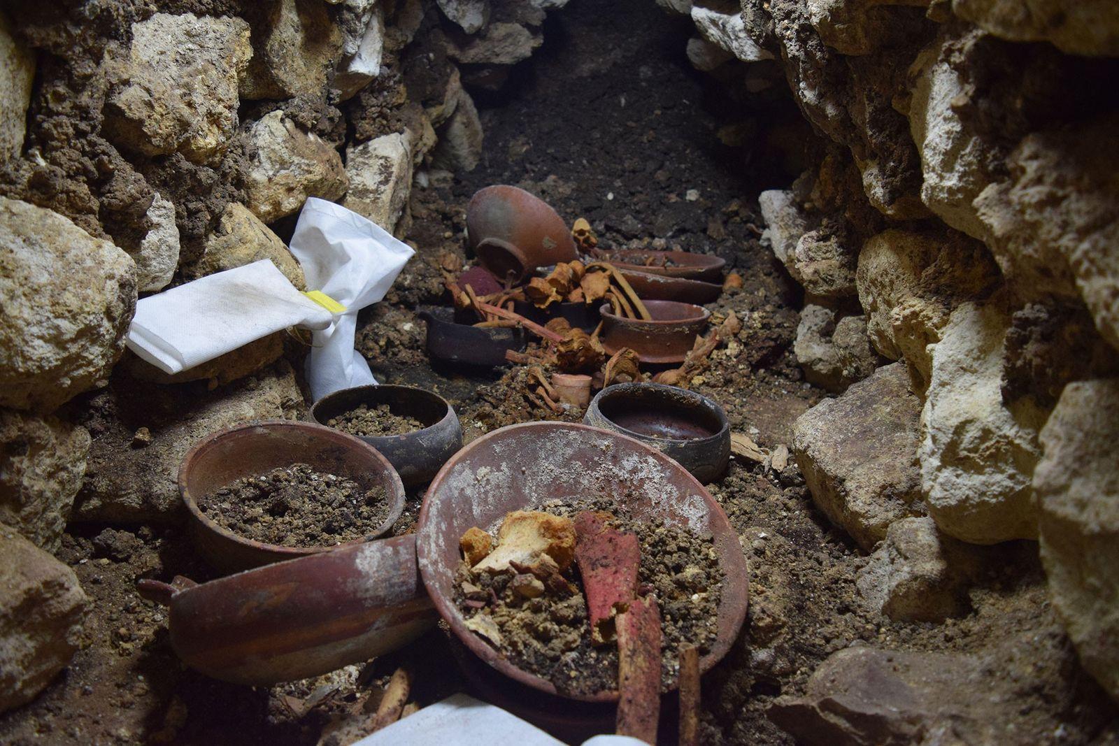 Guatemala : découverte de la dépouille d'un roi maya