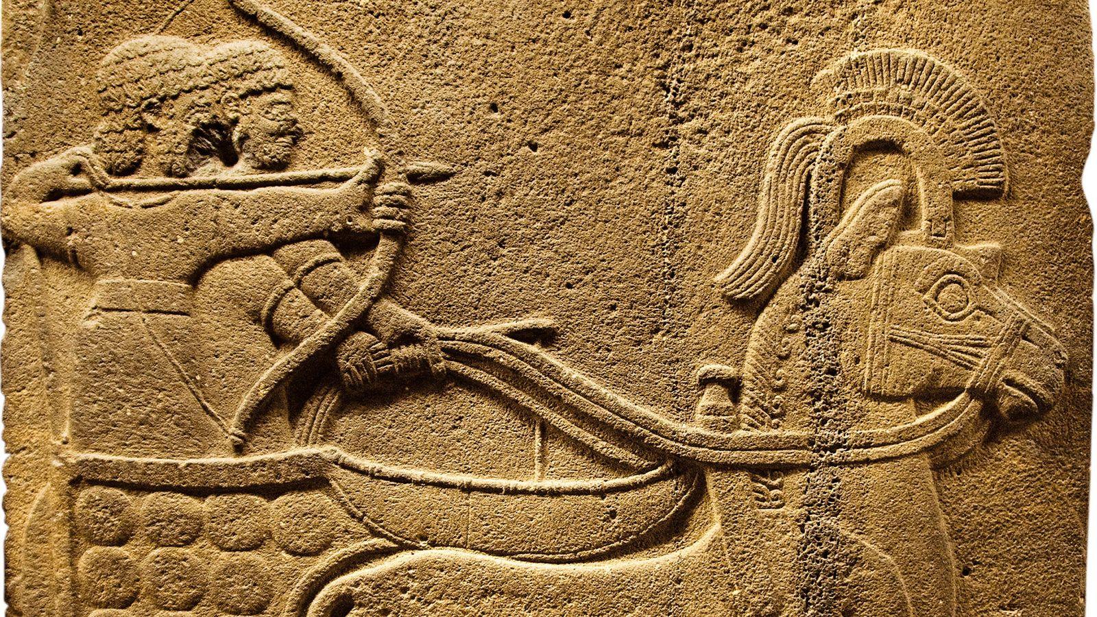 Ce relief représente un char écrasant un ennemi.Il a été réalisé entre le Xe et le ...