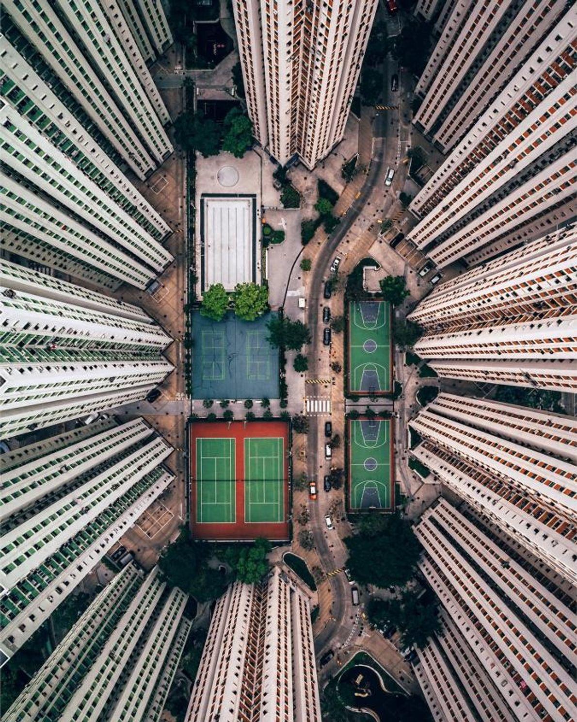 « J'ai été impressionné par les bâtiments et les espaces de vie immenses de Hong Kong ...
