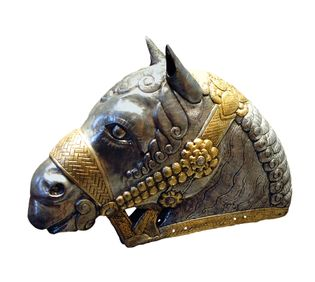 Tête de cheval en argent et argent doré de Kerman, datant du 4e siècle.