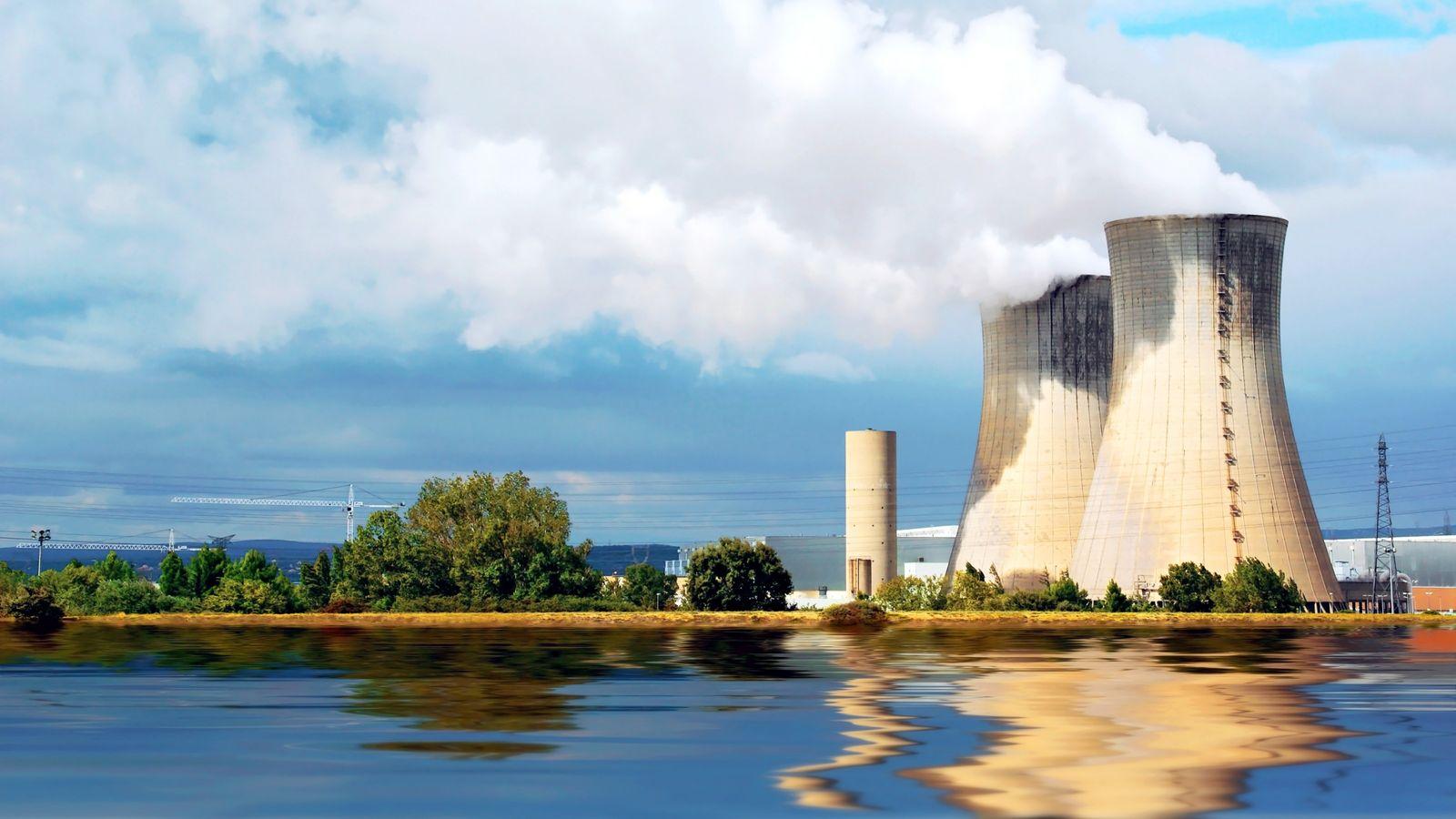 Photographie de la centrale nucléaire de Nogent-sur-Seine - Certains déchets radioactifs ne sont pas pris en ...