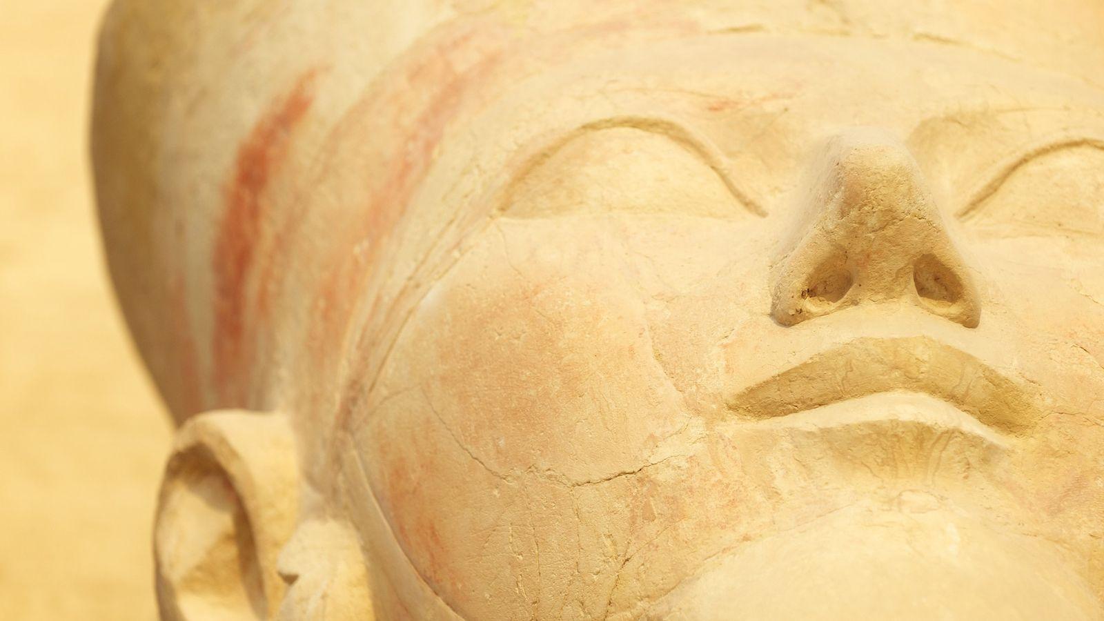 Statue d'Osiris, Temple de Hatchepsout - Luxor, Égypte.