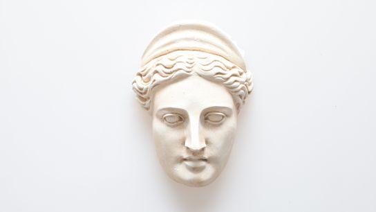 Sculpture représentant Junon, la déesse du mariage et de la vie mais aussi de la famille. ...