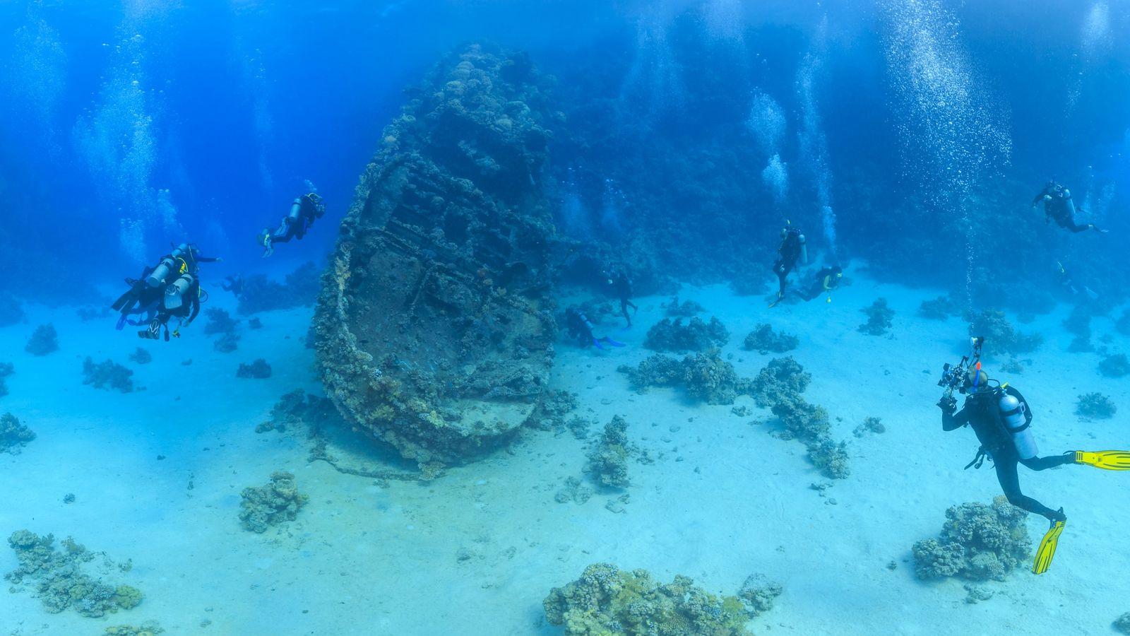 Une épave dans la Mer rouge fait l'objet d'études archéologiques.