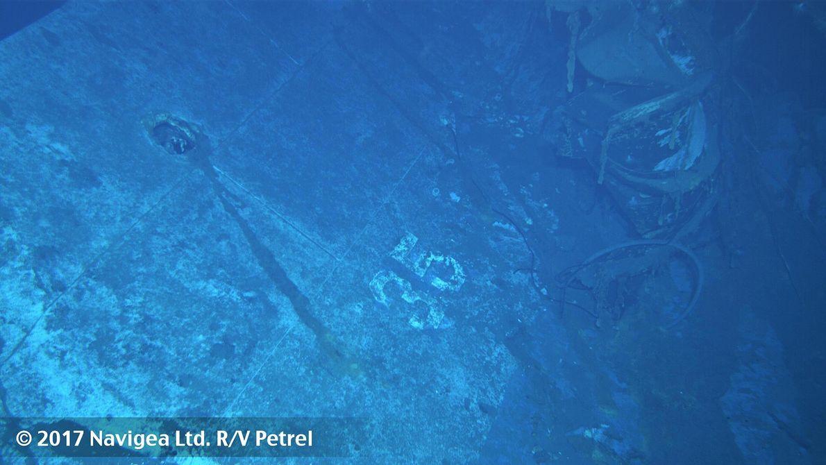Sur cette image qui aurait été prise à bâbord du navire, on constate le numéro 35 ...