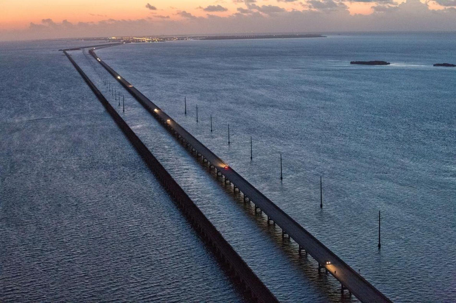 Six Mile Bridge, qui mène de Marathon Key à Key West, est ce à quoi la côte sud de la Floride pourrait ressembler d'ici cent ans si le niveau de la mer monte selon les prévisions climatiques actuelles.