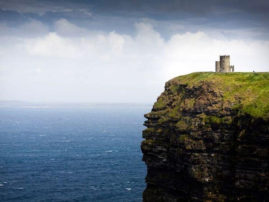 L'explosion du tourisme en Irlande a été prédite par Sir Cornelius O'Brien, descendant auto-proclamé du légendaire ...