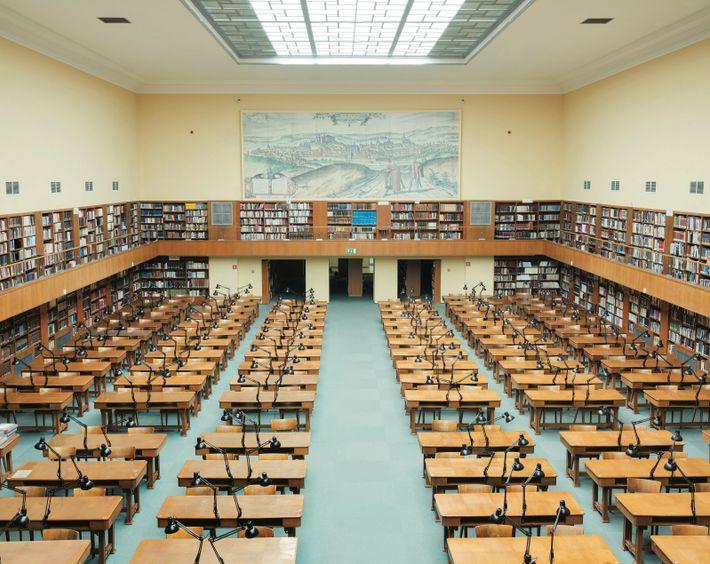 L'école vide. Cracovie, Pologne. Fondée en 1364, l'université Jagellonne a survécu aux tourmentes religieuses, ainsi qu'aux annexions ...