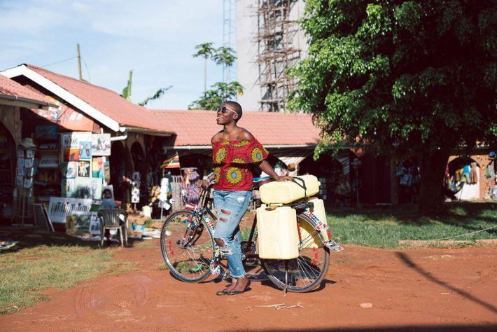 En 2017, lors de sa mission pour faire le tour du monde, Jessica Nabongo est retournée ...