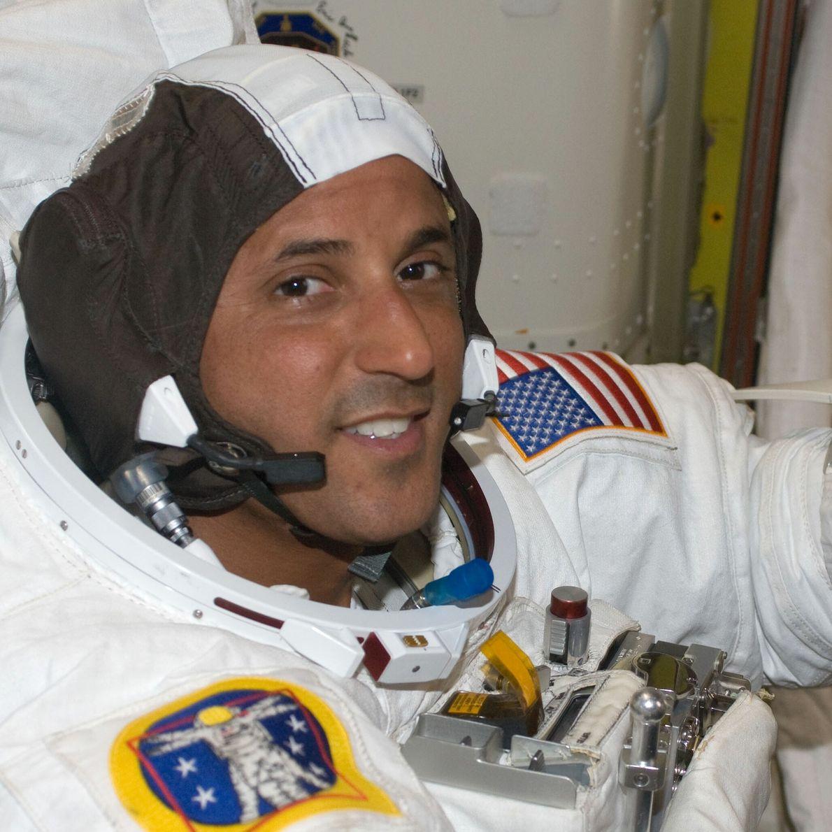 Joseph Acaba - promotion d'astronautes 2004, 306 jours dans l'espace.