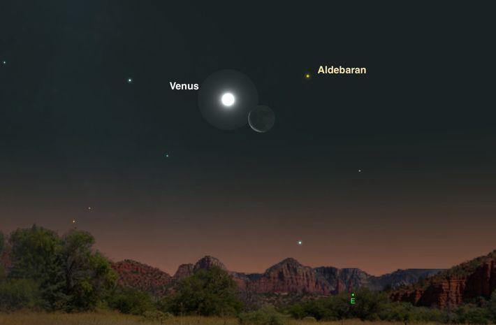 Un croissant de lune s'unit à Vénus et à Aldébaran dans le ciel nocturne du 20 ...