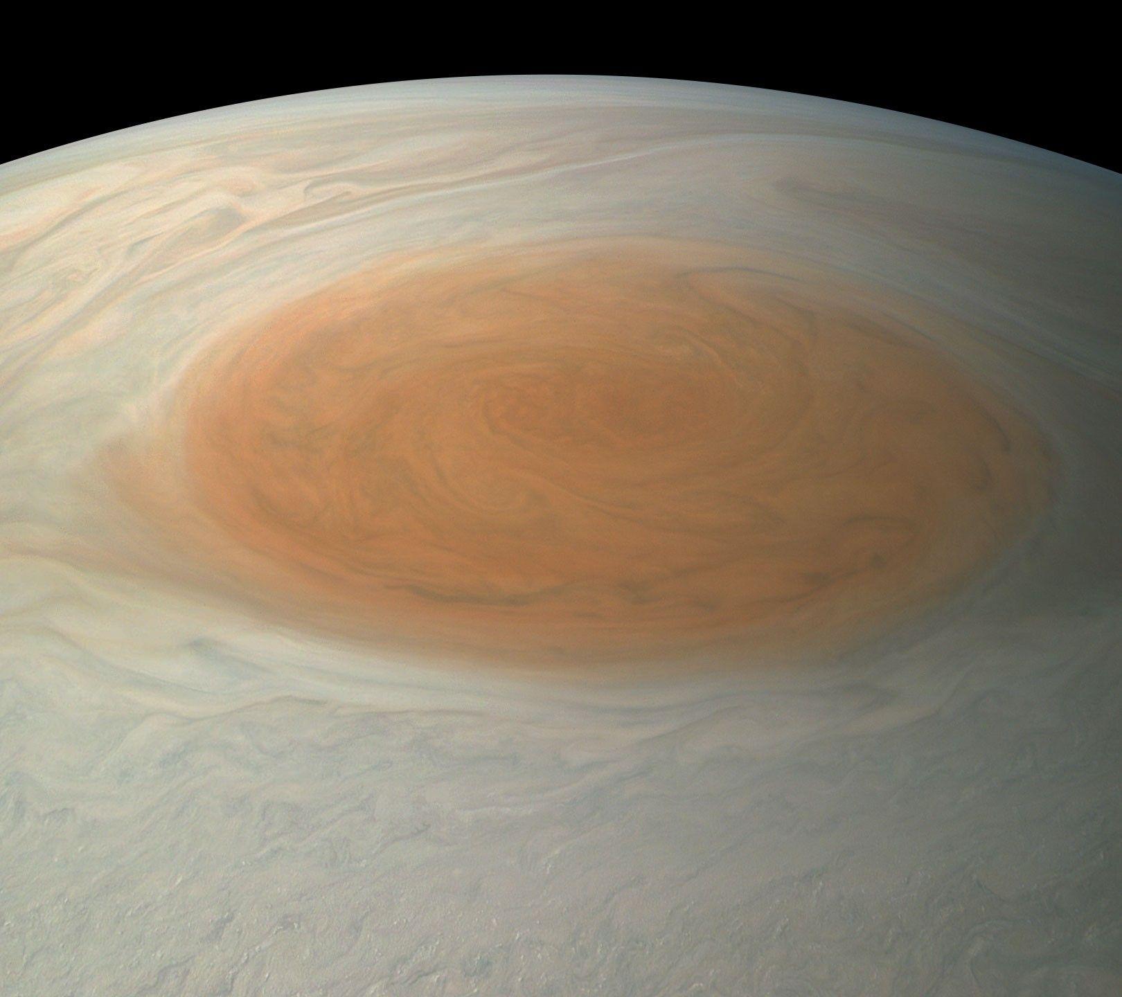 La grande tache rouge de Jupiter va-t-elle disparaître ?