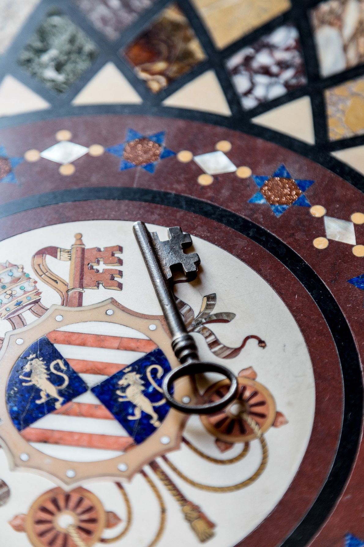Une seule clef n'est pas numérotée : il s'agit de celle de la Chapelle Sixtine. Lors ...
