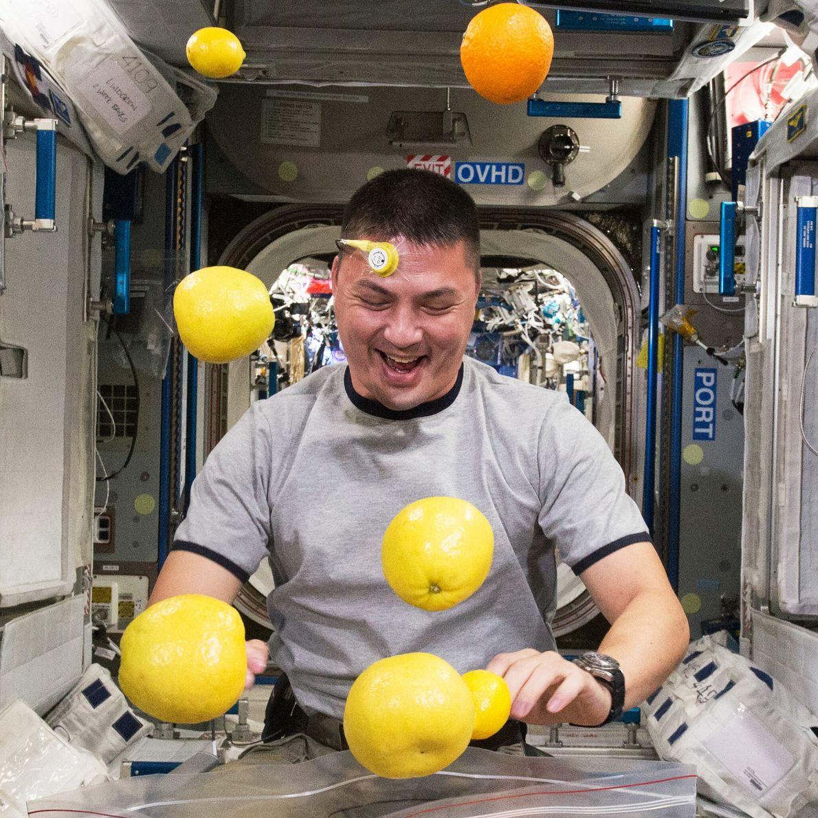 Kjell Lindgren - promotion d'astronautes 2009, 141 jours dans l'espace.