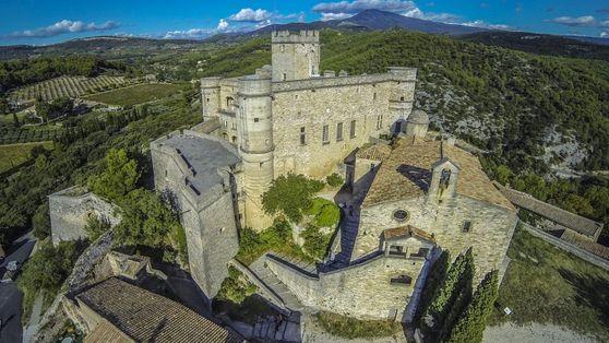 La France vue par les drones : châteaux et vieilles pierres