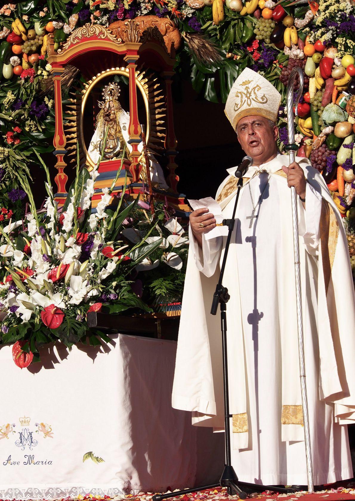 L'évêque succède au maire président de San Sebastián de la Gomera. C'est le moment pour les ...
