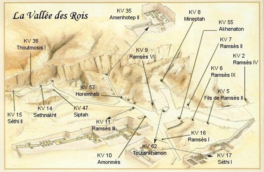 À partir de 1902, Carter aide Theodore M. Davis à reconstituer le tracé de la Vallée des Rois, en fouillant les tombes des pharaons de la 18e dynastie jusqu'à celles des pharaons de la 20e dynastie.