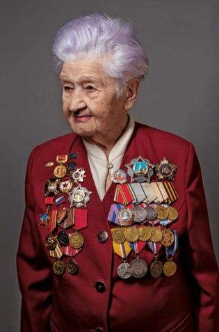 Maria Rokhlina. Infirmière militaire soviétique.