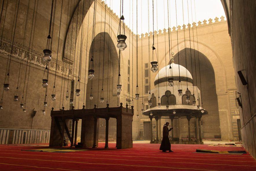 La mosquée du sultan Hassan est l'une des plus grandes d'Égypte.
